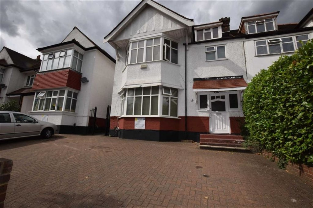 Images for Queens Road, Hendon, NW4 EAID: BID:Arlen